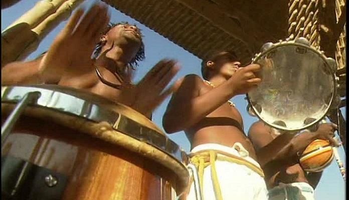 instrumentos de musica en la roda de los capoeristas